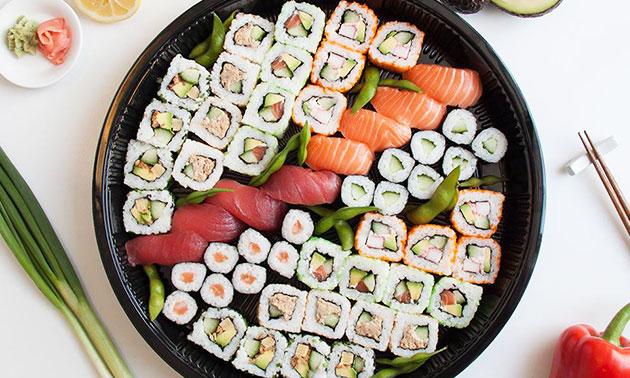 Sushi Time Den Haag, Afhalen: sushibox (52 stuks): bespaar 39%